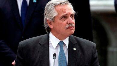 Photo of Alberto Fernández anunció un bono de 15.000 pesos para la Asignación Universal y los monotributistas